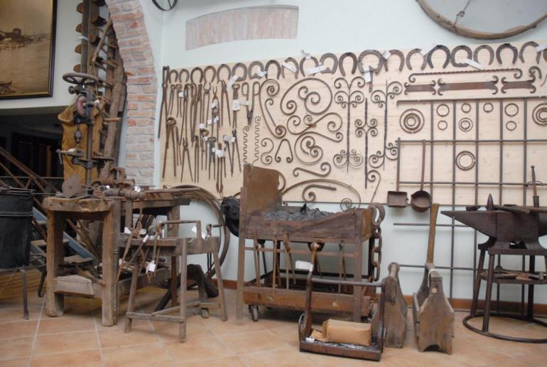 Strumenti de Museo della Civilta Contadina Cioca e Berloca