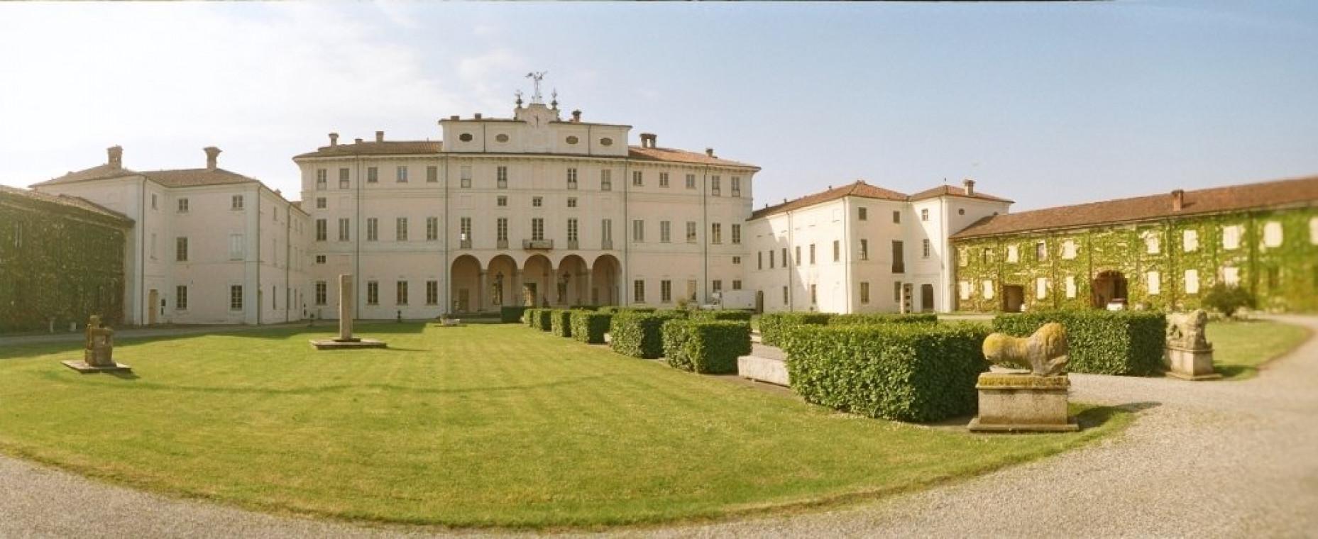 Villa Litta Carini Panoramica con giardino