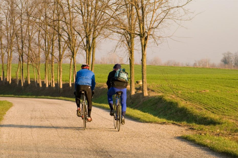 5. Si gira in bicicletta
